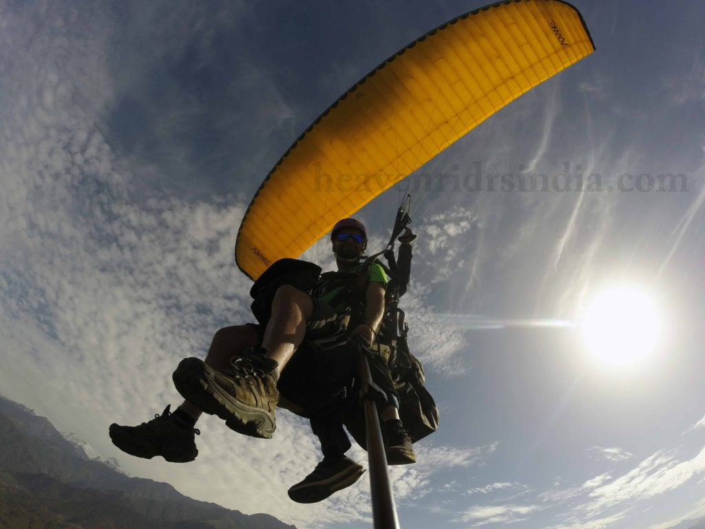 Paragliding at Bir-Billing