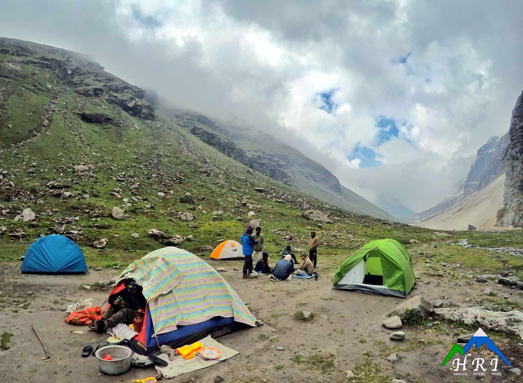 Day 4: Shea Goru (12,900ft) to Chhatru (11,000ft). Drive to Chandratal Lake (5 Hours)