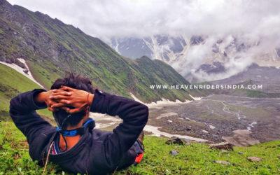 Trekker-enjoying-the-view-during-Beas-trek