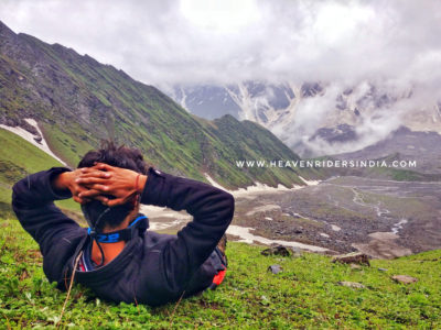 Trekker-enjoying-the-view-during-Beas-trek