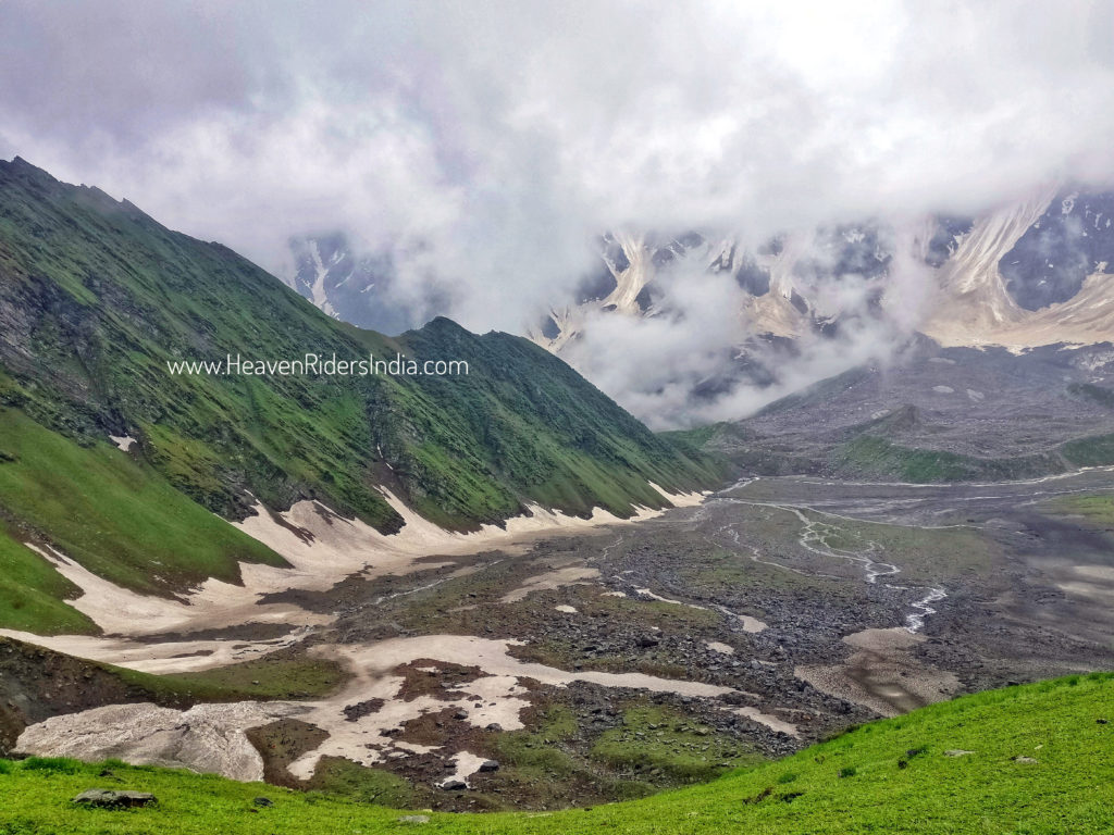 views-from-Beas-Kund